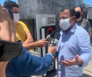 Nilvan Ferreira denuncia ameaça de homem armado com pistola durante atividade eleitoral na orla de JP
