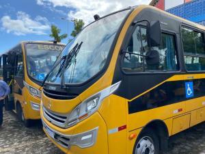 Município de Areia é contemplado com ônibus escolar solicitado pelo deputado Tião Gomes ao Governo do Estado