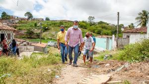 Nilvan lança programa 'Última Rua' e destaca objetivo de sanear e pavimentar até a última rua de João Pessoa