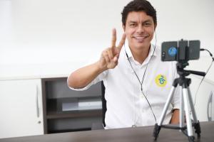 Ministra Damares Alves oficializa apoio à candidatura de Raoni Mendes na Capital