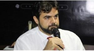 Justiça Eleitoral acata representação do MPE e condena Jarques Lúcio a pagar R$ 50 mil por promover aglomeração; VEJA DOCUMENTO