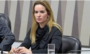 Daniella Ribeiro lamenta morte do deputado João Henrique