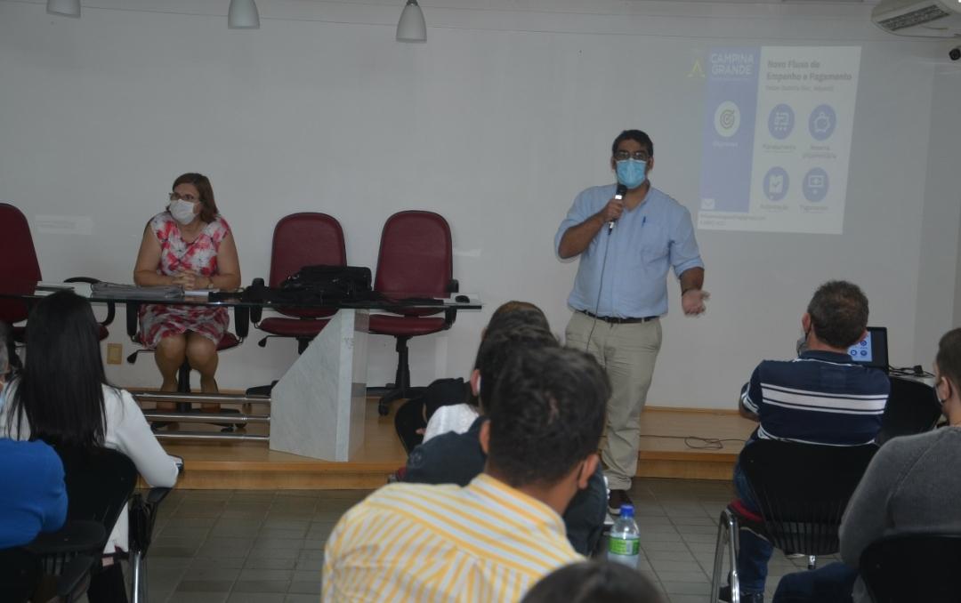 Secretaria de Finanças promove treinamento  sobre novo fluxo de empenho e pagamento na Prefeitura de Campina Grande