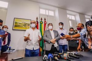 Cícero e João anunciam ações conjunta nas áreas de saúde, infraestrutura e saneamento