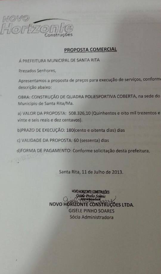 Documento mostra a 'sócia' da empresa assinando a proposta comercial para construção da quadra poliesportiva