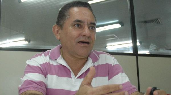 Prefeito Umbelino Ribeiro na mira da Justiça Federal.