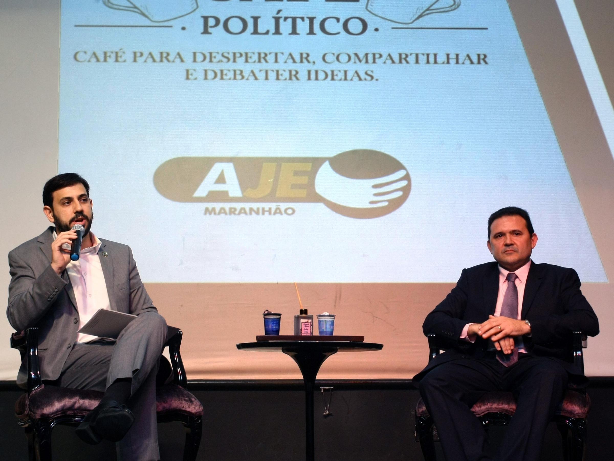 1_cafe_politico__felipe_mussalem_e_vicente_araujo__foto_honorio_moreira__6_-343116