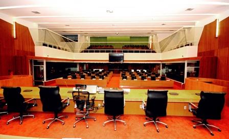Resultado de imagem para Assembleia Legislativa do Maranhão  Vazia