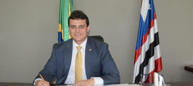 Othelino assume comando do governo e Glalbert Cutrim da Assembleia