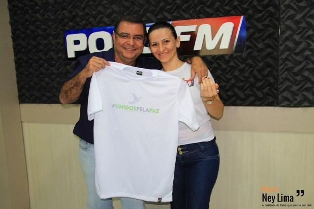 Radialistas Silvio José e Márcia Arantes começaram a série de sorteios na manhã desta quarta-feira (30)