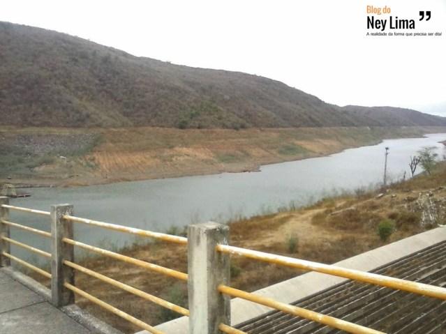Barragem está no período mais baixo de armazenagem desde sua inauguração - Imagem enviada via WhatsApp