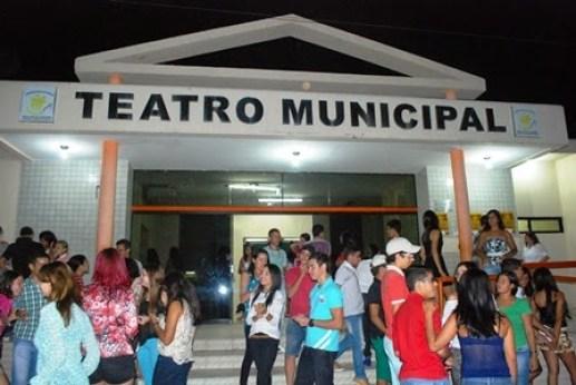 teatro municipal santa cruz do capibaribe