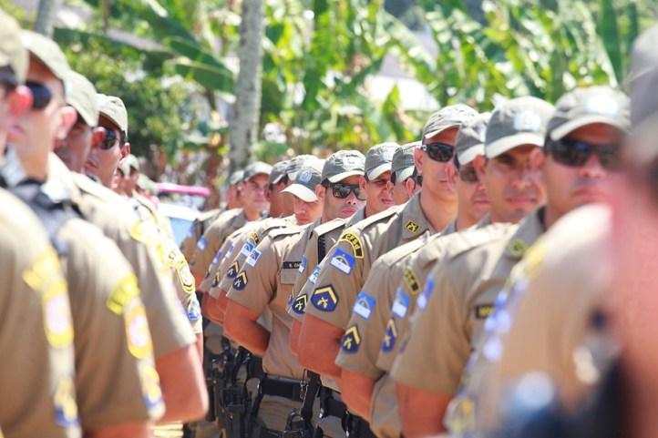 Resultado de imagem para salarios policia militar e bombeiros militares de pernambuco
