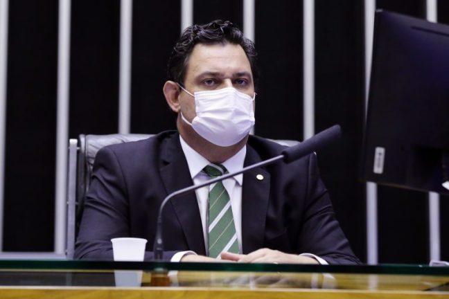 Deputado Geninho Zuliani em sessão do Plenário