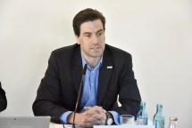 Pressekonferenz gamescom 2016, Dr. Maximilian Schenk, Geschäftsführer des BIU, The View, Kennedy- Ufer