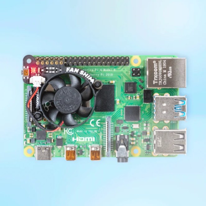 The Fan SHIM has a low profile and effectively cools the Raspberry Pi 4