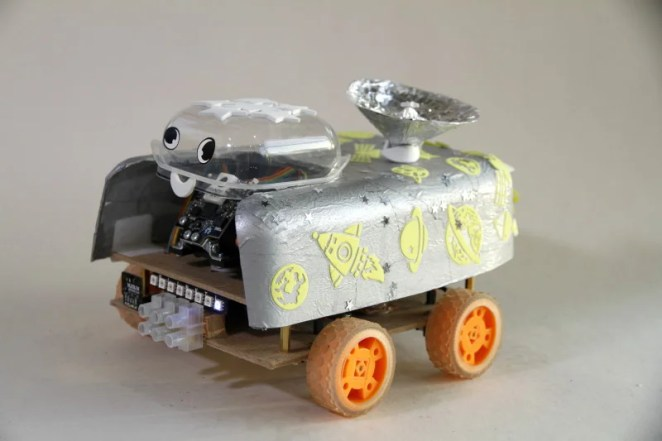Pi Wars 2019 competitor Diddybot (photo by Mark Mellors) https://www.flickr.com/photos/7205519@N08/albums/72157679663827238