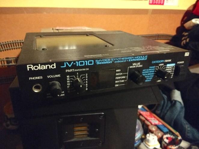 Bugsnax - Kero Kero Bonito's Roland JV-1010
