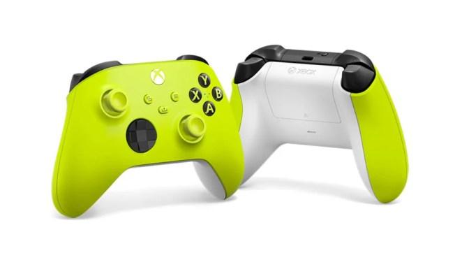 Bestelle jetzt die neuen Xbox Wireless Controller Electric Volt und Daystrike Camo Special Edition!: Electric Volt