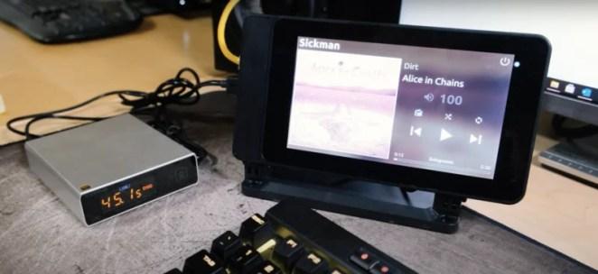 touchscreen music player