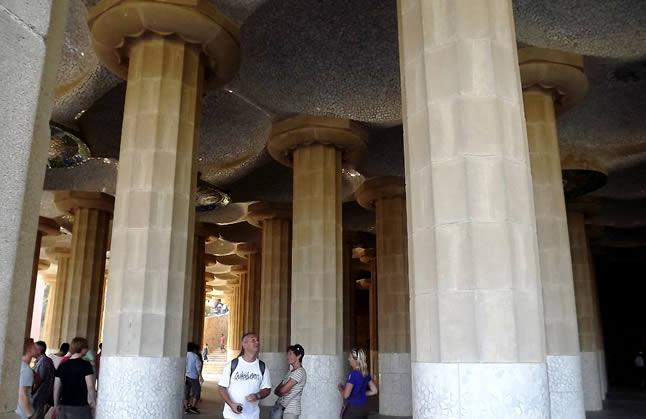 blog-do-xan-espanha-barcelona-parc-guell-cem-colunas