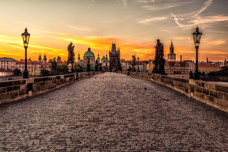 Prague_sunrise_8099151633-SMALL