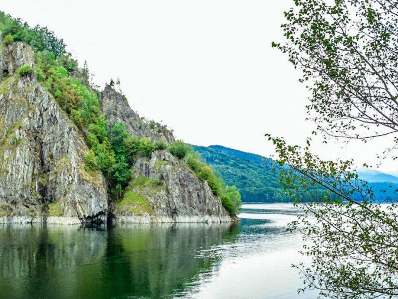 Transfăgărășan_estrada Lago Vidraru