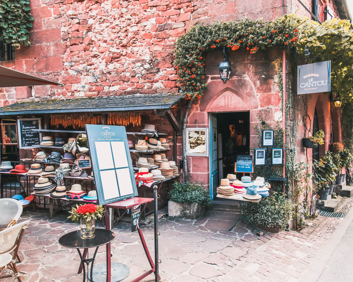 Collonges-la-Rouge-bazar