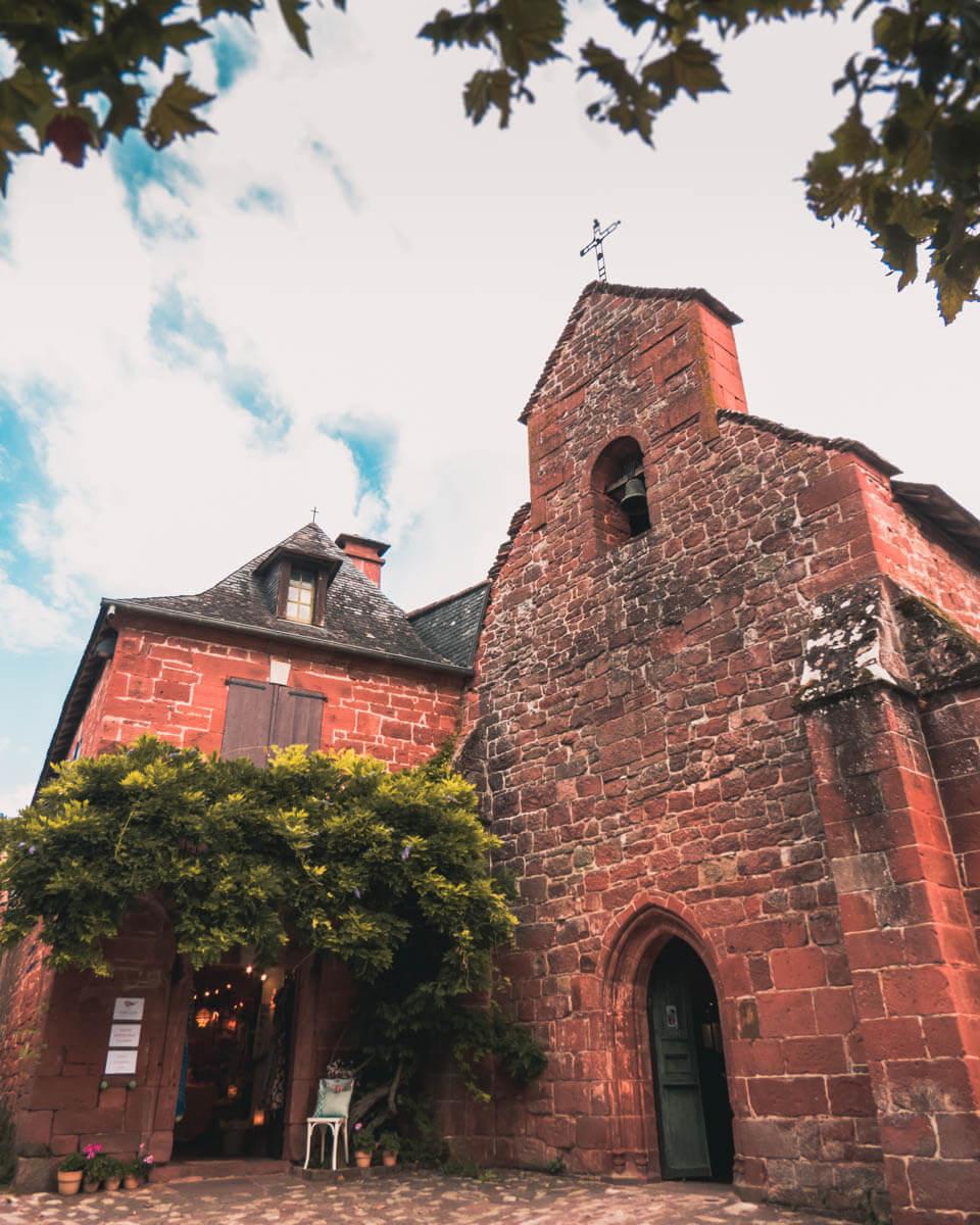 Collonges-la-Rouge-igreja)