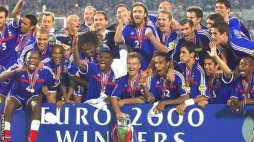 Rejoice after winning the Euro 2000