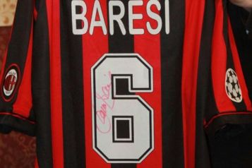 Franco Baresi jersey number 6 retired by AC MIlan
