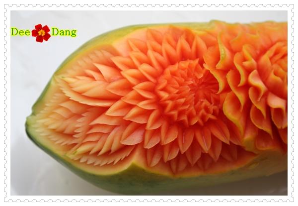การแกะสลักผักและผลไม้