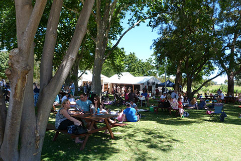 Mandoon beer garden