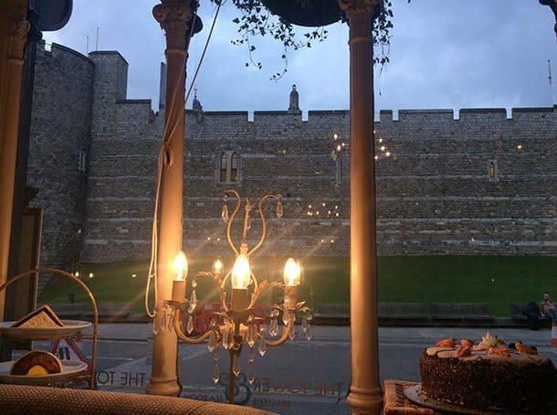 Pub opposite Windsor castle