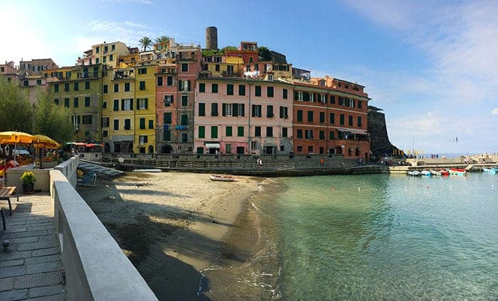 Vernazza harbour in the morning