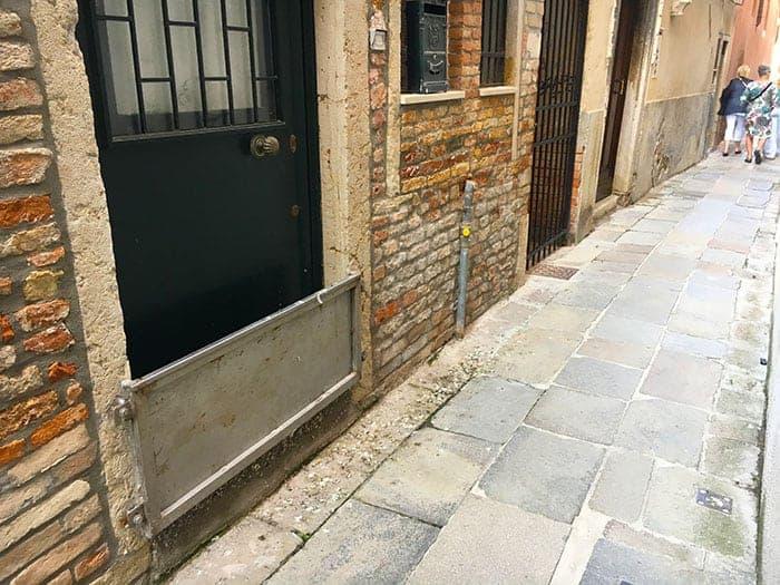water guards across door Venice