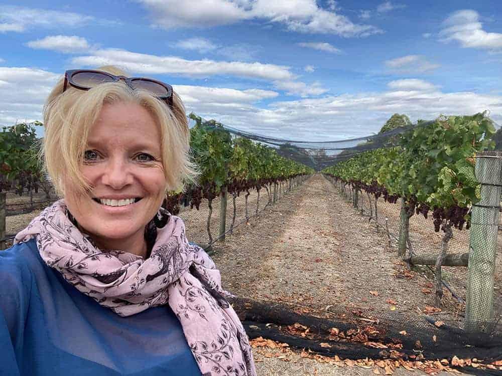 Megan Singleton travel blogger