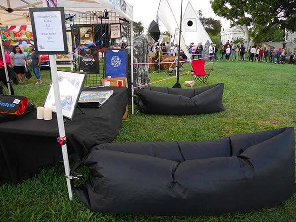Hollywood Forever air couch
