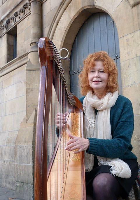 Dublin harpist