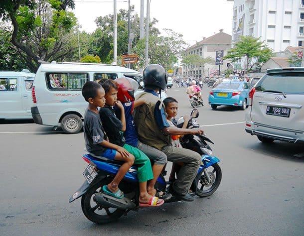Jakarta family on motorbike
