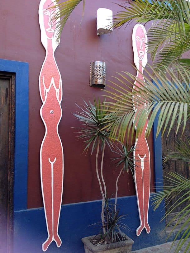 Hotel California toilets