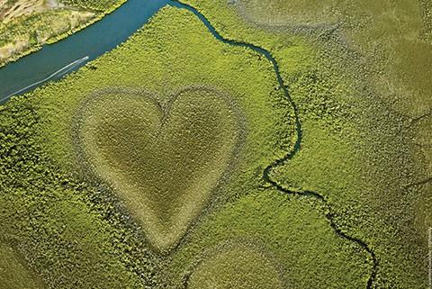 New Caledonia heart island