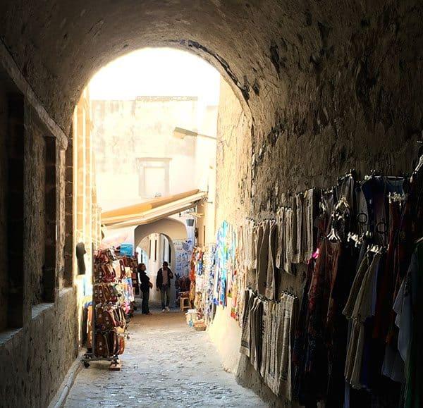 Santorini alley