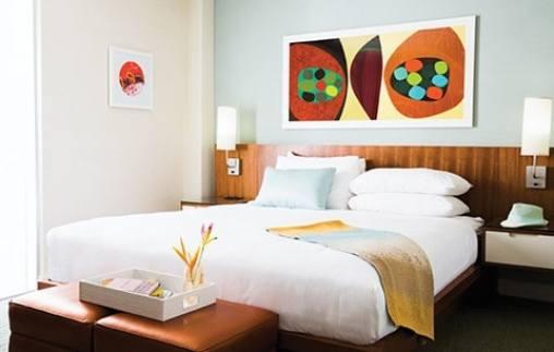 Shoreline Hotel Waikiki bedroom