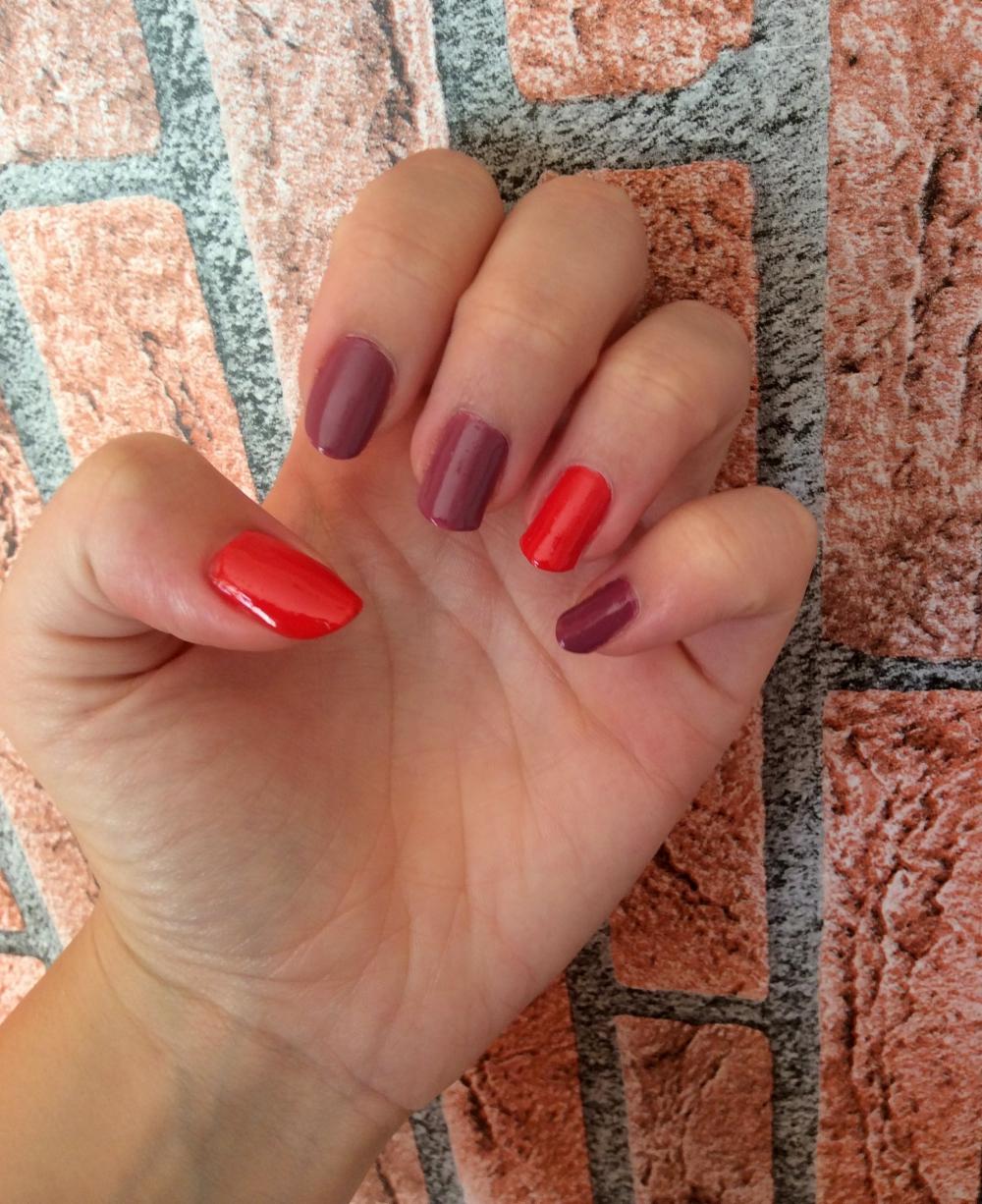 yves rocher nail polishes and nail polish remover (1)