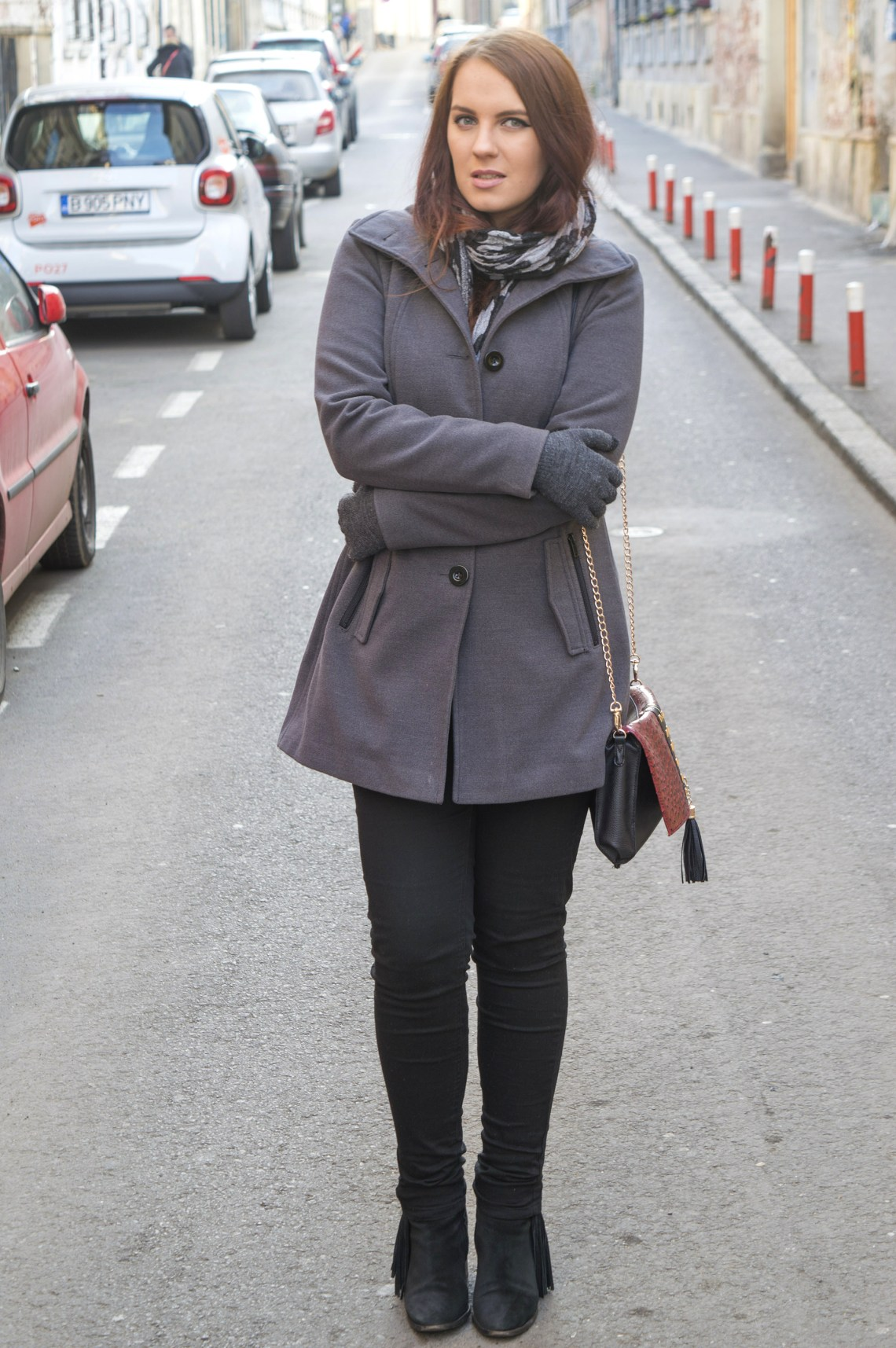 winter ootd - grey coat and turtleneck, black trousers and boots (6)
