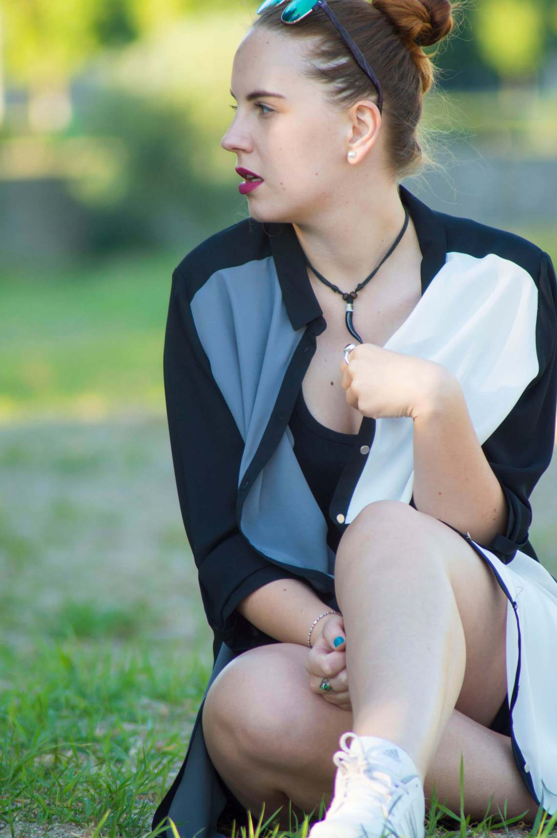 ootd edgy look - 5 ways to look more confident (3)