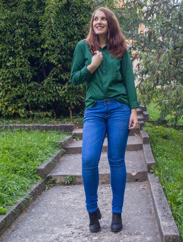back-to-school-outfit-2-the-perfect-pair-of-jeans-and-the-green-shirt-3