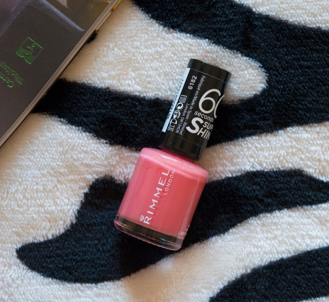 new-products-in-my-make-up-bag-drugstore-make-up-rimmel-london-60-seconds-nail-polish