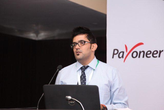 brand-ambassador-of-payoneer-in-India-1024x683